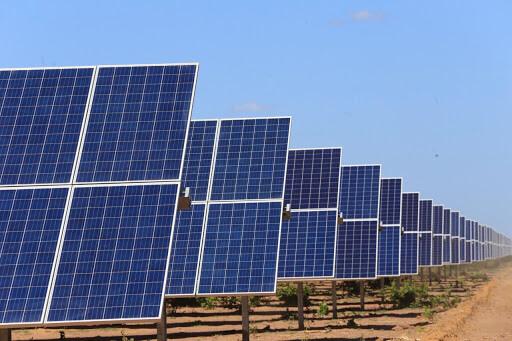 Multinacionais encontram nos contratos privados, um novo caminho para novas Usinas Eólicas e Solares no Brasil.