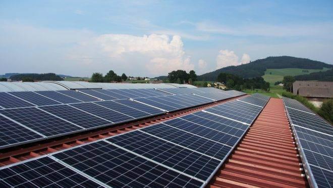 As usinas de energia fotovoltaica são a sétima maior fonte de geração do Brasil. (Reprodução/Shutterstock)