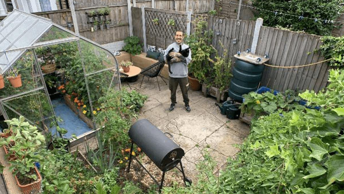 Horta em Casa: Italiano Produz a Própria Comida Há 9 Meses