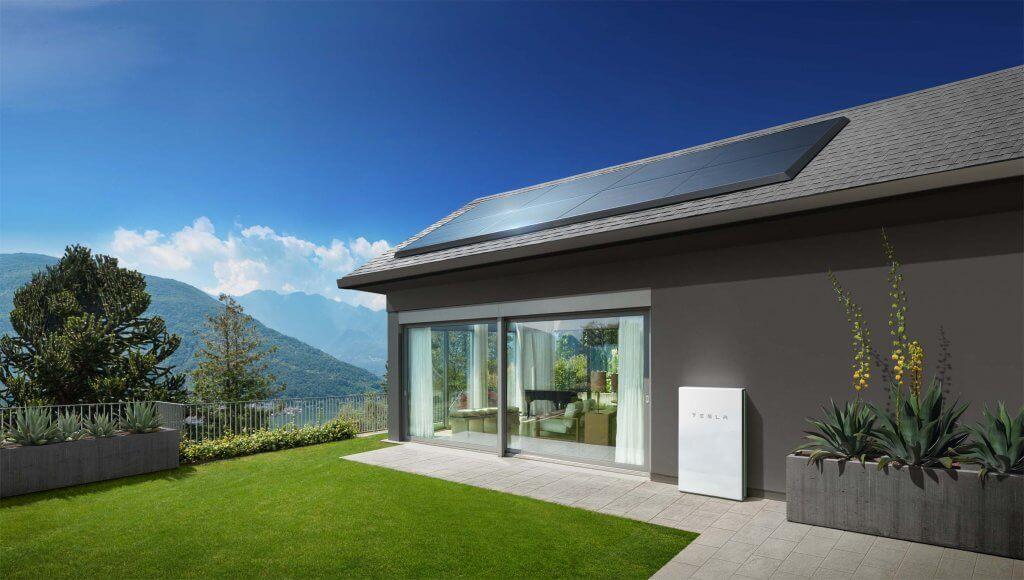 Com a criação do inversor solar, o programa de energia solar da Tesla está entre os mais acessíveis dos EUA. (Divulgação/Tesla)